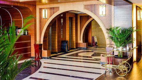 Renz Hotel - Lobby