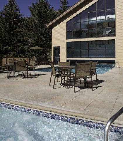 Marriott''S Streamside At Vail-Douglas Hotel - Outdoor Whirlpool Spa