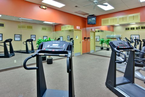 'Holiday Inn Los Angeles International Airport Hotel' - Los Angeles style fitness room