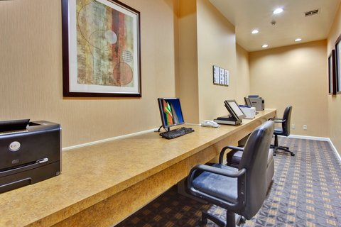 'Holiday Inn Los Angeles International Airport Hotel' - 24-hour Business Center