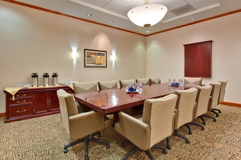 'Holiday Inn Los Angeles International Airport Hotel' - Executive Boardroom    perfect for your Los Angeles meeting