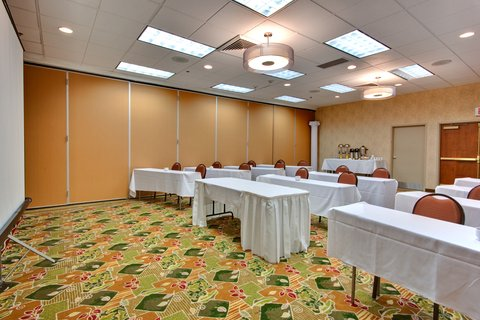 'Holiday Inn Los Angeles International Airport Hotel' - Free wireless Internet is available in our meeting rooms