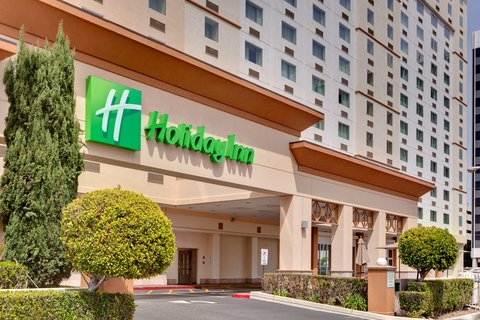 'Holiday Inn Los Angeles International Airport Hotel' - Los Angeles Area Airport Hotel - Entrance