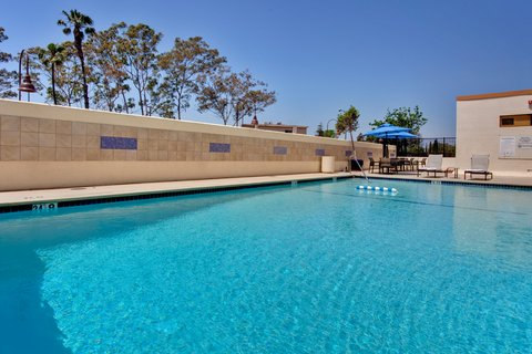 'Holiday Inn Los Angeles International Airport Hotel' - Outdoor Swimming Pool