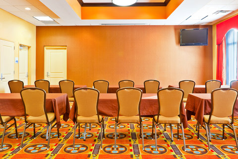 Holiday Inn Express & Suites NASHVILLE-OPRYLAND - Meeting Room