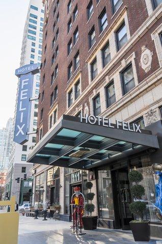 Hotel Felix Chicago - Hotel Felix Exterior