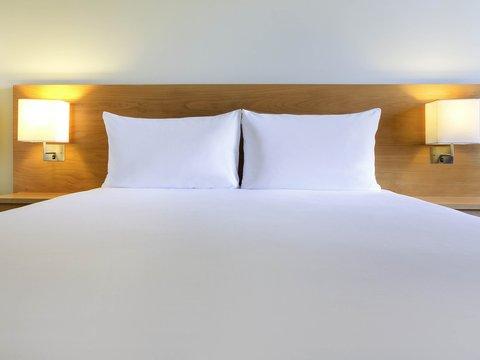 Ibis Al Rigga Hotel - Guest Room