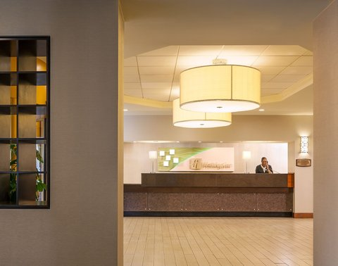 Holiday Inn HARTFORD DOWNTOWN AREA - Front Desk  Check In Area