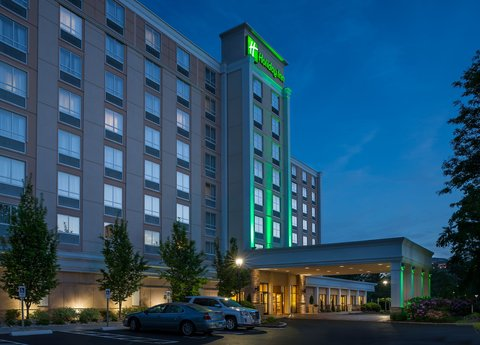 Holiday Inn HARTFORD DOWNTOWN AREA - Walking Distance to Downtown  Free Parking