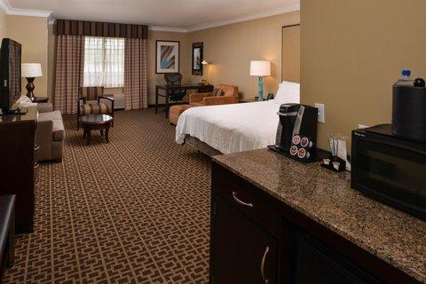 Hilton Garden Inn Napa - One-Bedroom Suite  King Bed  Napa