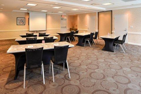 Hilton Garden Inn Napa - Meeting Room  Conference Space