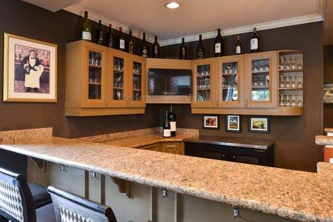 Hilton Garden Inn Napa - Wine Bar  On-Site