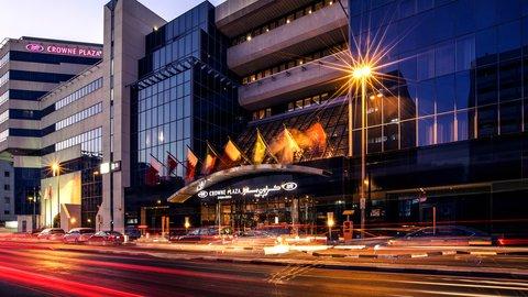 فندق كراون بلازا ديرة دبي - Crowne Plaza Dubai Deira - Hotel Exterior