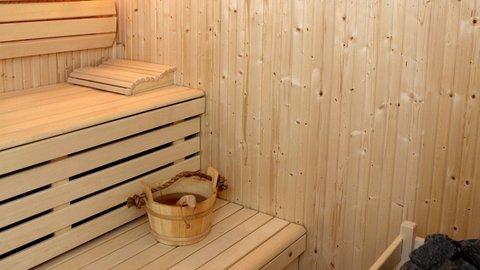 فندق كراون بلازا ديرة دبي - Unwind with a therapeutic sauna or steam bath session