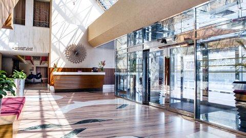 فندق كراون بلازا ديرة دبي - Concierge - Entrance