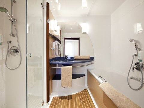 Suite Novotel Cannes Centre - Guest Room