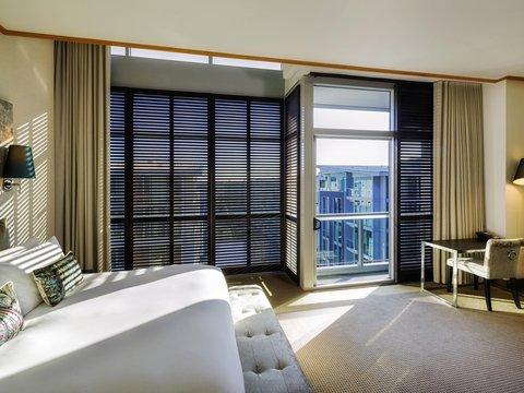 Sofitel Auckland Viaduct Harbour - Guest Room