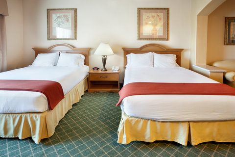 Holiday Inn Express & Suites ALICE - Two Queen Bed Guest Room