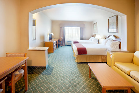Holiday Inn Express & Suites ALICE - Large Executive Room with pull out sofa bed