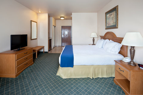Holiday Inn Express & Suites ALICE - King Bed Guest Room