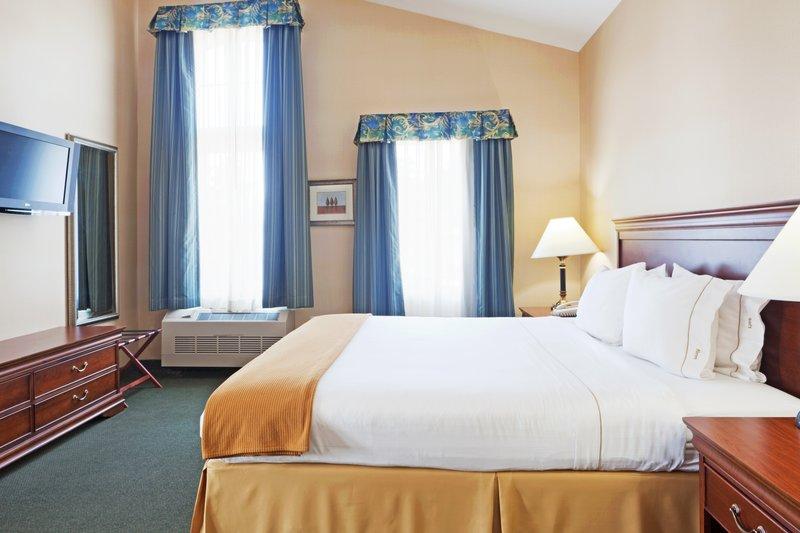 Holiday Inn Express DURHAM - ( UNH ) - Durham, NH