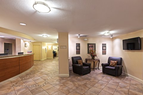 Candlewood Suites DALLAS/MARKET CENTER - Hotel Lobby