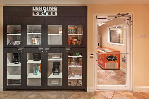 Candlewood Suites DALLAS/MARKET CENTER - Lending Locker