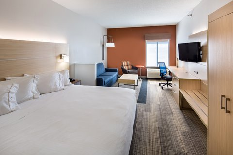 Holiday Inn Express CEDAR RAPIDS (COLLINS RD) - Executive King Bedded Room with microwave and fridge