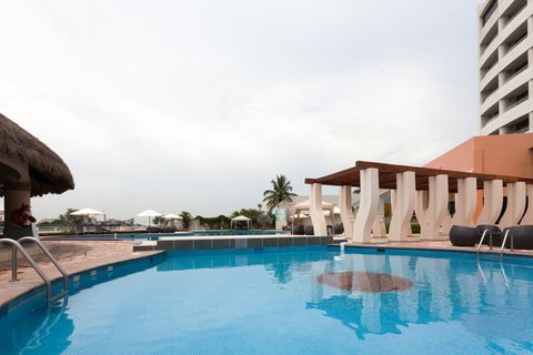 Crowne Plaza TUXPAN - Swimming Pool