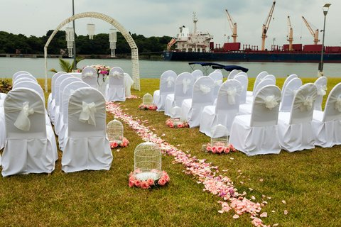Crowne Plaza TUXPAN - Plan a wedding at Jardin with river view