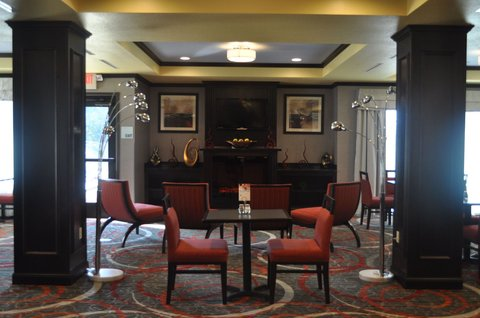 Holiday Inn Express & Suites GREENSBURG - Enjoy your meal in our well lit breakfast room