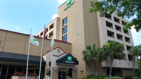 Holiday Inn GAINESVILLE-UNIVERSITY CTR - Front Exterior