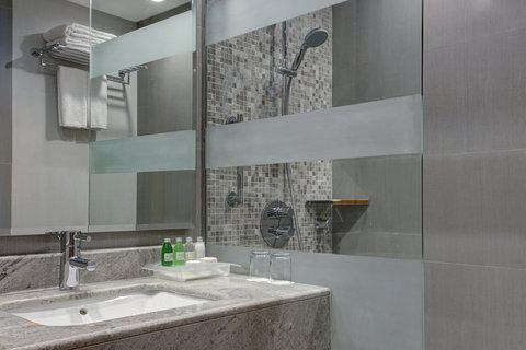 هوليداي إن بوابة جدة - Bathroom Amenities