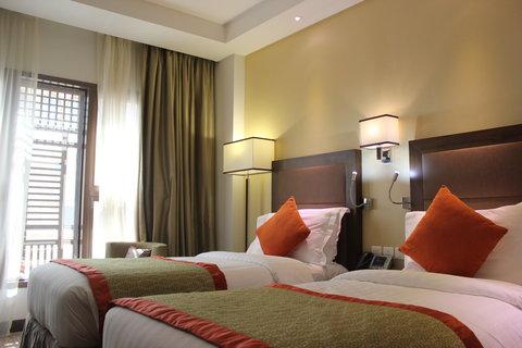 فندق كراون بلازا المدينة - Twin Bed Atrium View