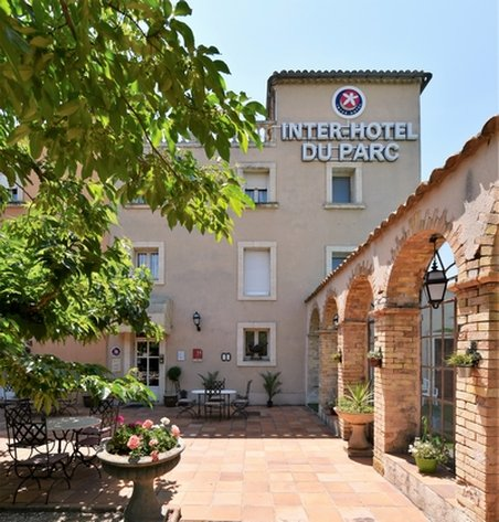 INTER-HOTEL du Parc - Exterior
