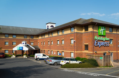 Holiday Inn Express EXETER M5, JCT. 29 - Our hotel in Exeter has an on-site car park