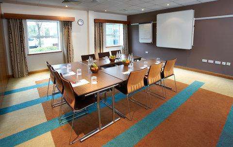 Holiday Inn BRISTOL AIRPORT - Brunel Room Boardroom Style