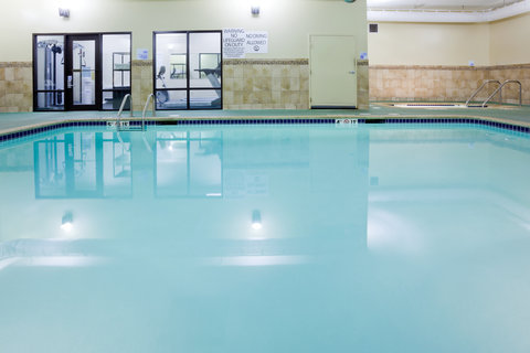 Holiday Inn Express CEDAR RAPIDS (COLLINS RD) - Heated Indoor Swimming Pool and Hot Tub