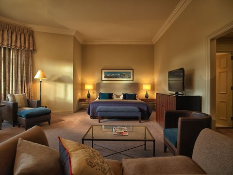 Rocco Forte Balmoral Hotel - The Balmoral - Junior Suite
