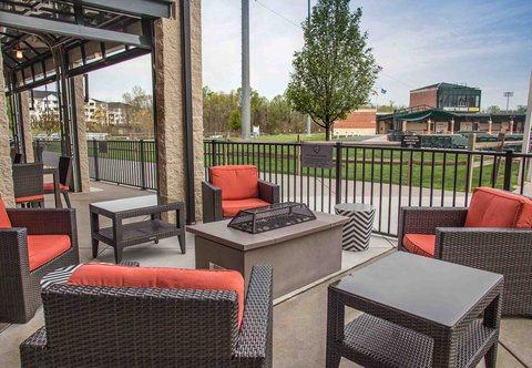 Courtyard By Marriott Aberdeen Hotel - The Home Plate Caf