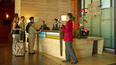 Holiday Inn GUAYAQUIL AIRPORT - Front Desk