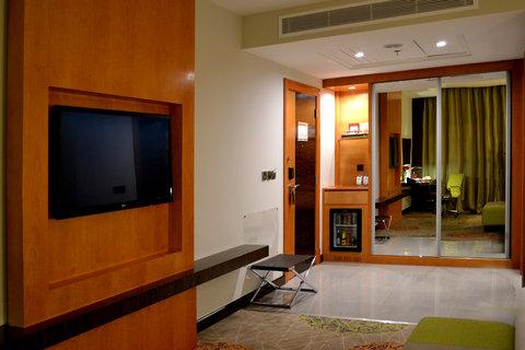 هوليداي إن بوابة جدة - Guest Room