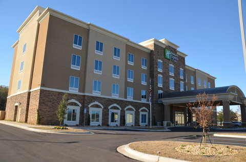 Holiday Inn Express & Suites ALBANY - Exterior Feature