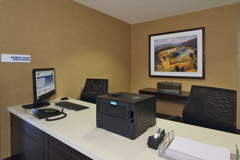 Holiday Inn Express & Suites COLORADO SPRINGS-FIRST & MAIN - Business Center