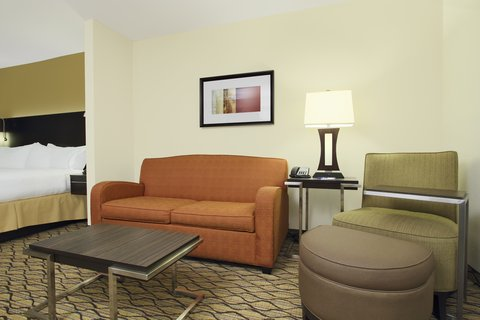 Holiday Inn Express & Suites COLORADO SPRINGS-FIRST & MAIN - Stay Smart in our spacious Colorado Springs hotel suite