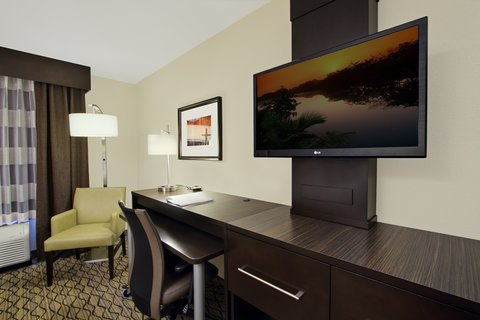 Holiday Inn Express & Suites COLORADO SPRINGS-FIRST & MAIN - Spread out in our spacious Colorado Springs hotel guest room