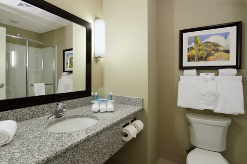 Holiday Inn Express & Suites COLORADO SPRINGS-FIRST & MAIN - Invigorating Showers in our Colorado Springs hotel suites