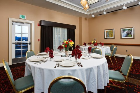 Holiday Inn COLORADO SPRINGS AIRPORT - Colorado Springs Hotel Banquet Room for Special Events