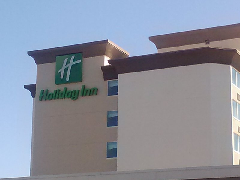 HOLIDAY INN LOUISVILLE E HURST
