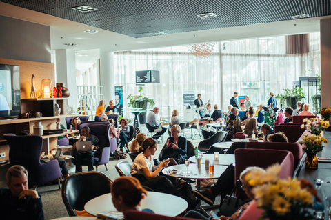 Gothia Towers - Caf  Twentyfourseven at Gothia Towers Gothenburg